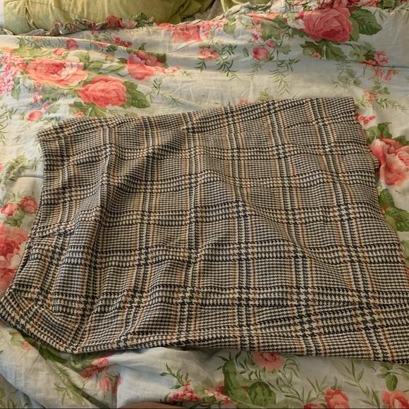 maggie mcnaughton Dresses & Skirts - Midi, houndstooth skirt